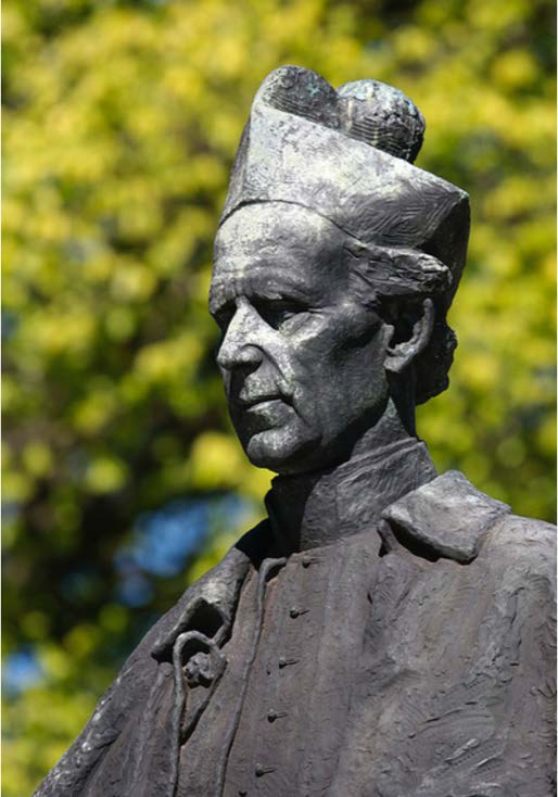 The statue of Mannix at St. Patricks. Photograph by Wei Tsang Ooi.